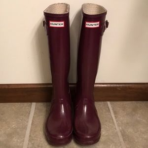 Hunter Tall Gloss Boots 7